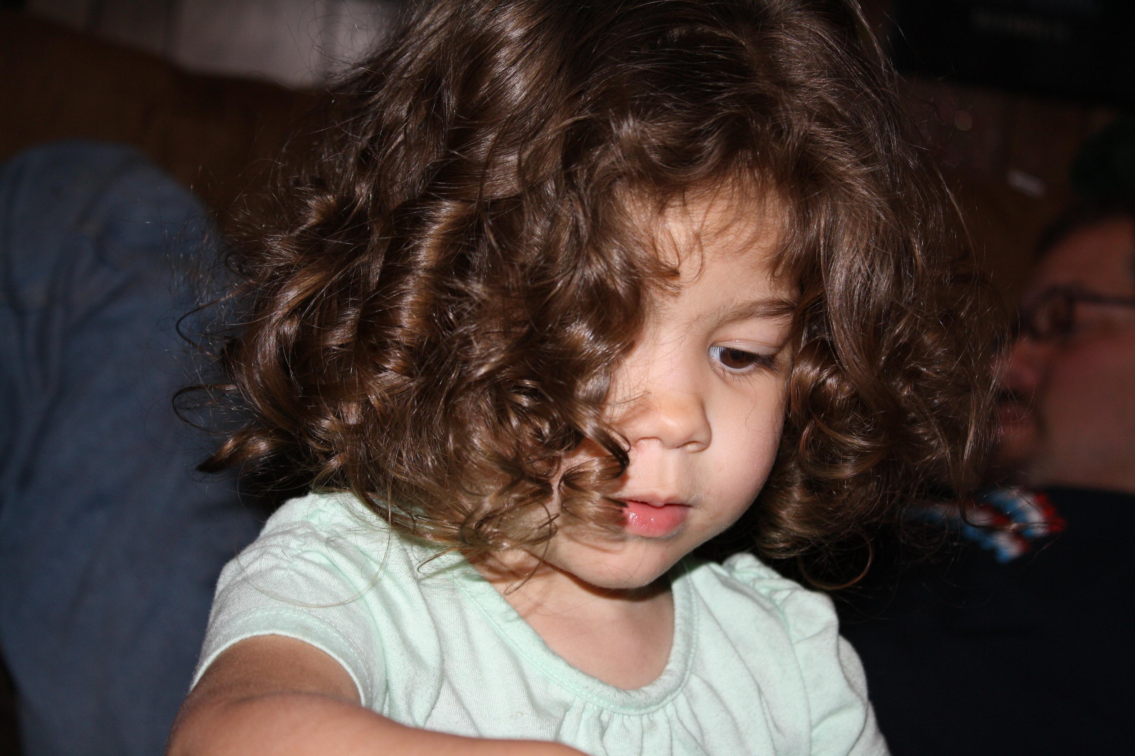 Managing Wavy Hair Naturally